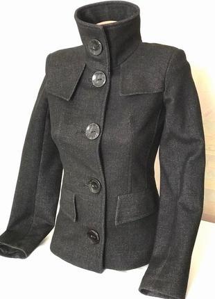 Тёплый женский приталенный пиджак из пальтовой ткани van gils, s-xs