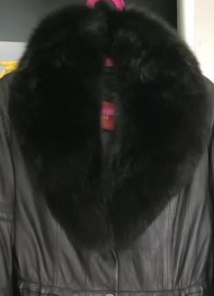 Куртка из натуральной кожи, воротник песец