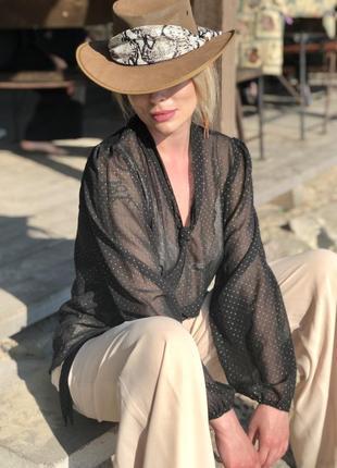 Шифоновая, винтажная блузка с бантом.