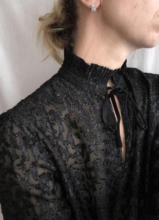 Жаккардовая, шифоновая блузка.