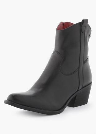 Новые крутые кожаные ботинки ковбойки челси на широком каблуку 26см стелька