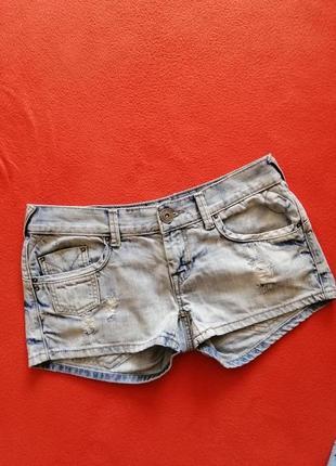 Классные женские шорты fishbone m в прекрасном состоянии