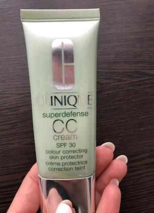 Clinique superdefense cc-cream colour correcting skin protector spf 30