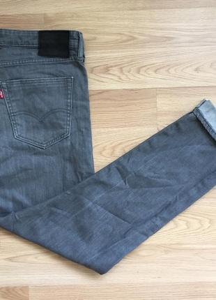 Крутые рефлективные джинсы от мирового бренда levis 522