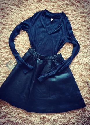Комплект,набор юбка кожзам,кофта с чокером