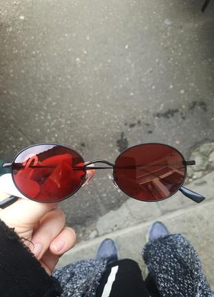 Овальные темно красные очки с поляризацией polarized