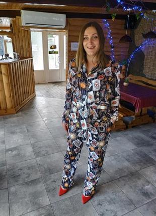 """Супер трендовый костюм в пижамном стиле! с очень актуальным принтом """" карты"""""""