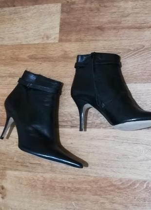 Суперские кожаные полусапожки, ботинки, острый носок, натуральная кожа