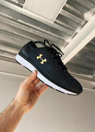 Кросівки under armour charged bandit 3