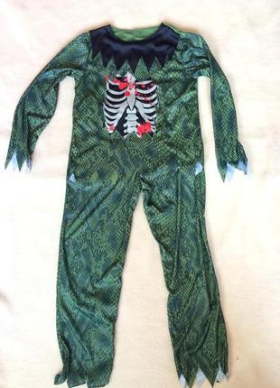 Крутой костюм зомби