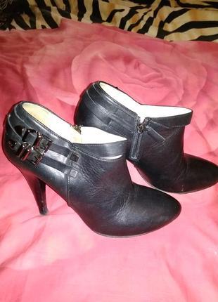 Ботиночки на высоком каблуке