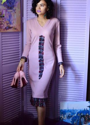 Красивое теплое платье миди