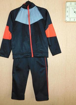 Спортивный костюм athletic 7-8 лет. рост 128-134 см