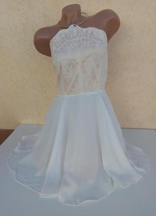 Вечернее стильное платье с кольцом на шею plt. размер 10