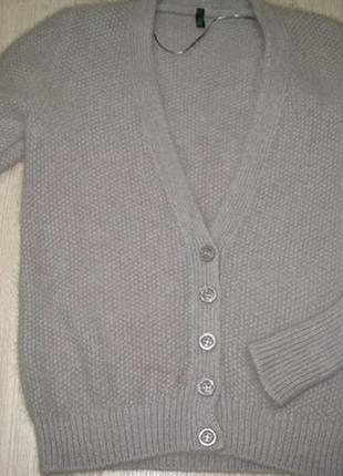Супер пушистый свитер из ангоры  united colors of benetton