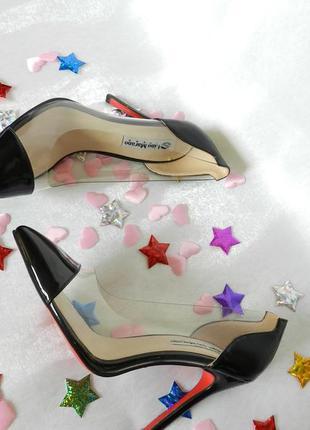 Шикарные прозрачные туфли