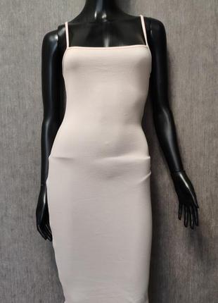 Лёгкое платье карандаш