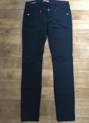 Чёрные штаны. штаны с заниженной талией. штаны прямые. штаны phard