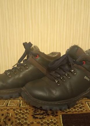 Зимові шкіряні ботиночки на хлопчика 37 розмір