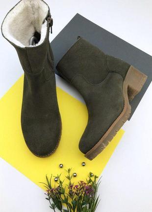 Замшевые зимние ботинки на толстом каблуке