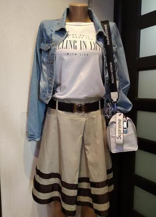 Стильная брэндовая юбка карандаш мини бежевая с поясом