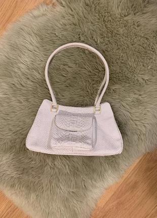 Нарядная кожаная сумка с блеском peter kaiser, новая!