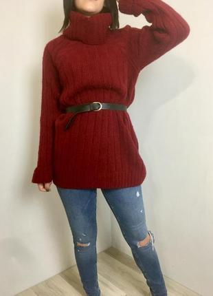 Теплющий объемный вязаный свитер оверсайз удлиненный с горлом под горло марсала