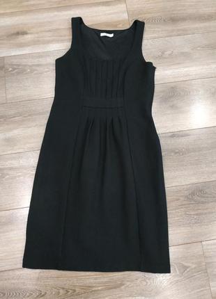 Красивое плотное платье