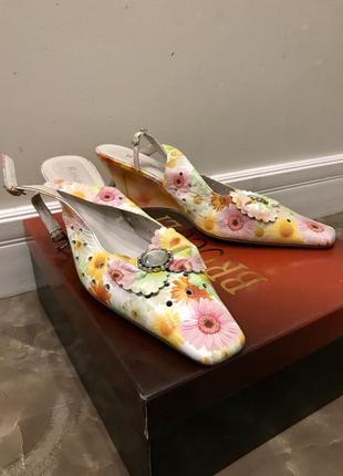 Туфли босоножки на танкетке цветные натуральная кожа