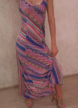 Длинное платье с красивой спинкой