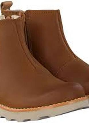 Кожаные деми ботинки clarks