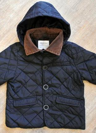 Стеганая куртка с капюшоном zara