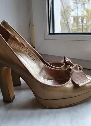 Красивые туфли 100% кожаные dune 37