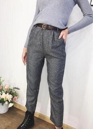 Стильные штаны трендового цвета