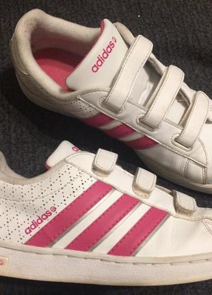Adidas кожаные кроссовки на липучках