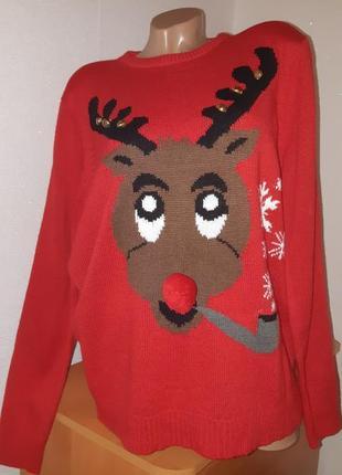 Новогодний/рождественский свитер/джемпер с оленем  с бубенцами/колокольчиками