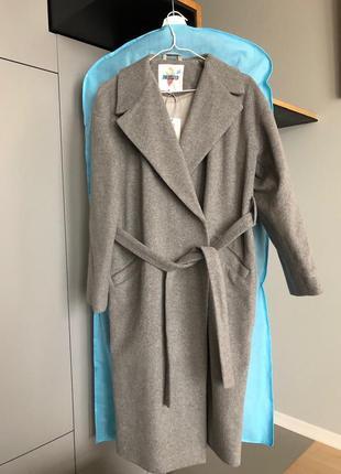 Шерстяное тёплое пальто