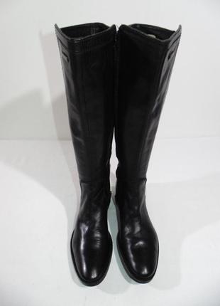 Шикарні шкіряні чобітки від geox!