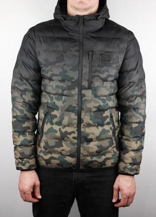 Фирменная демисезонная куртка