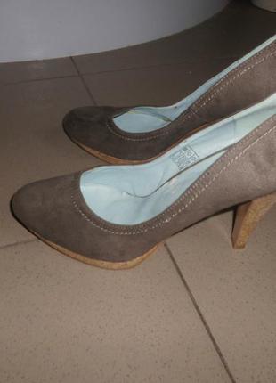Туфли на пробковом каблуке