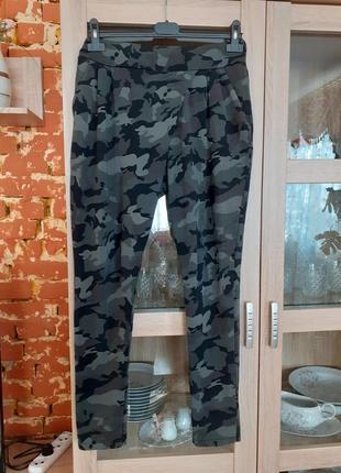 Камуфляжные котоновые штаны с карманами