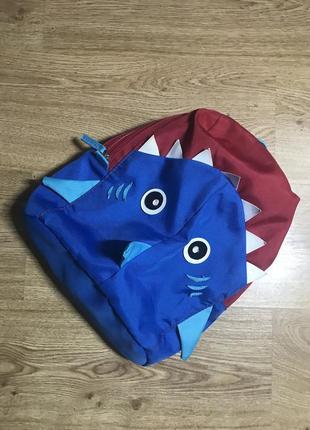 Рюкзак в стиле акула