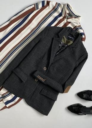 Шикарный шерстяной пиджак в клетку lerros