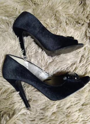 Босоножки, туфли с открытым носком