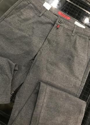 Мужские брюки, фирменные от pierre cardin, брюки со скидкой -70%