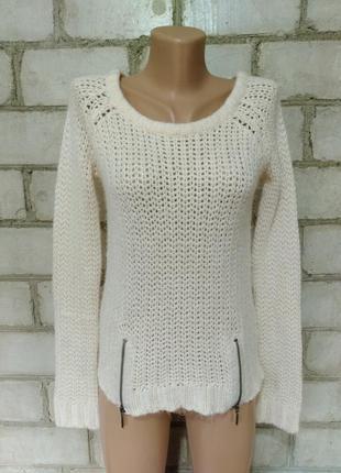 Пудровый вязаный свитер с молниями
