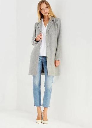 Пальто прямого кроя vila
