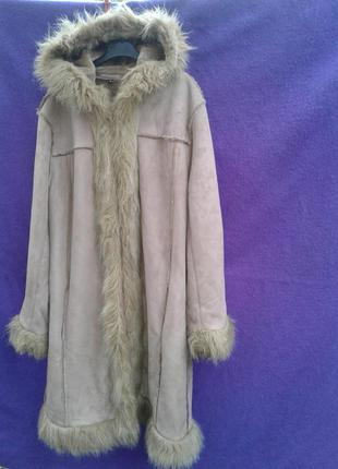 Пальто из искусственного меха песочного цвета,м -l.4