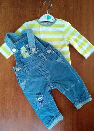 Комплект полукомбінезон джинсовий + футболка реглан для малюка m&co