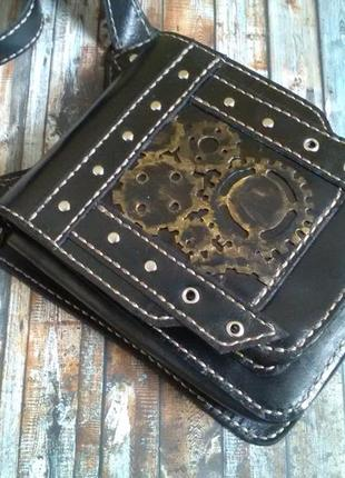 Кожаная сумочка-планшетка ручной работы